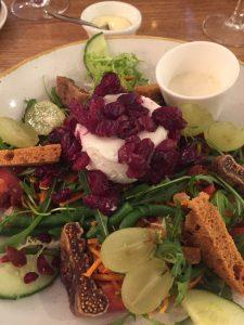 Goat cheese salad cafe de Paris Aalst Belgium