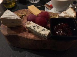 cheese platter Botta 'N Ik Grimbergen Belgium